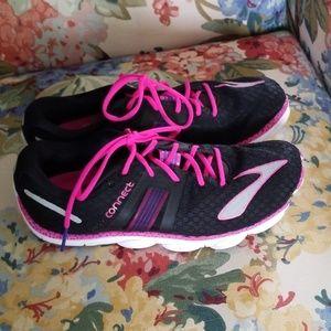 Brooks Pure 4 running shoe 8.5